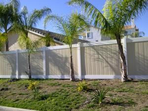 Vinyl Fencing in Orange County